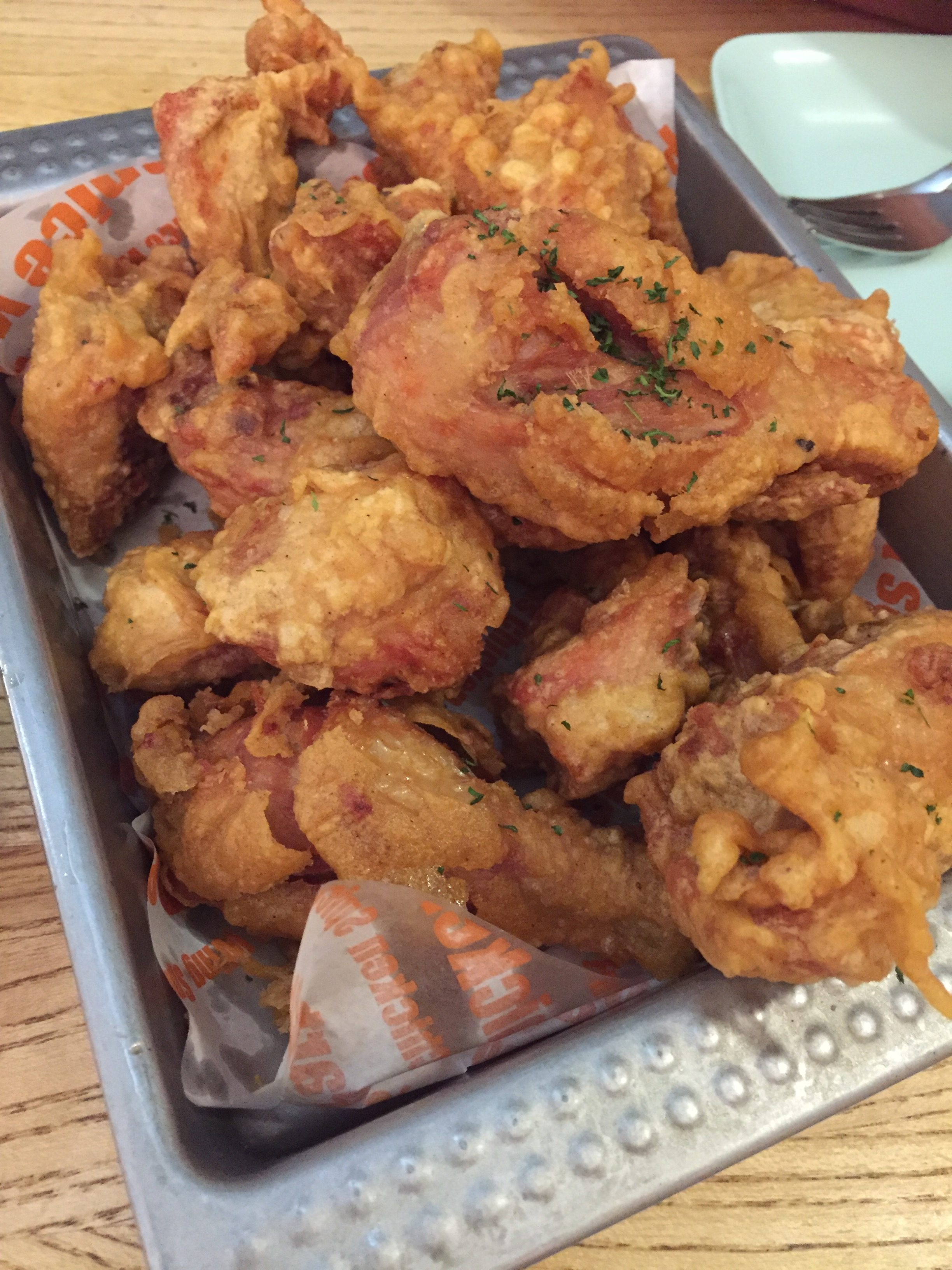 That Korean Fried Chicken and Beer at Myeong-dong, Seoul