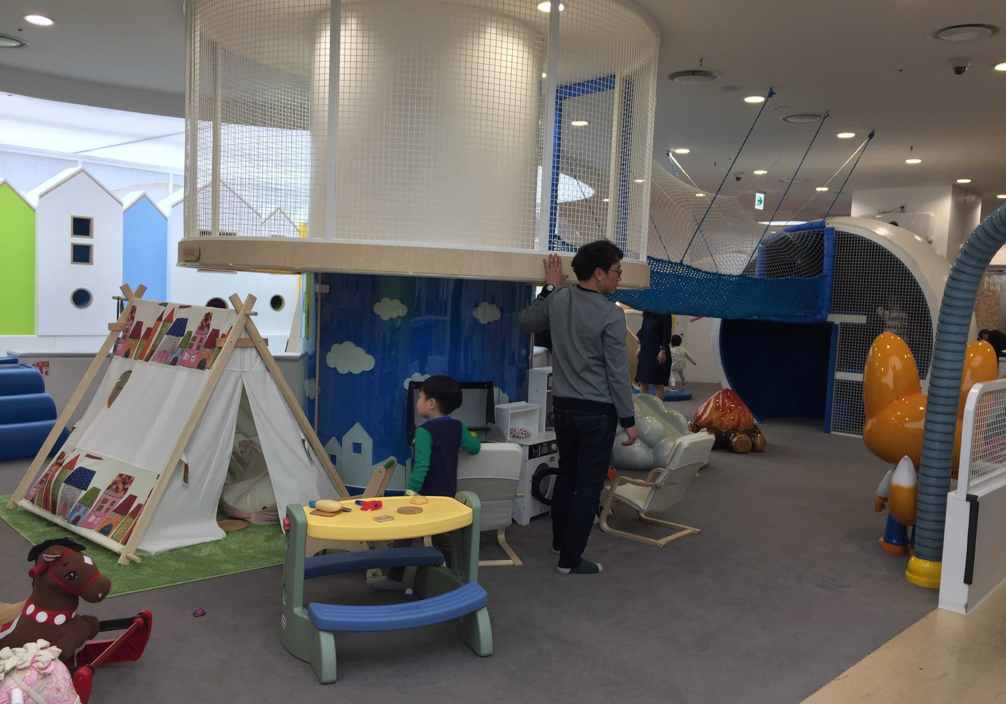 Middle section of Pororo Lounge, Coex, Seoul